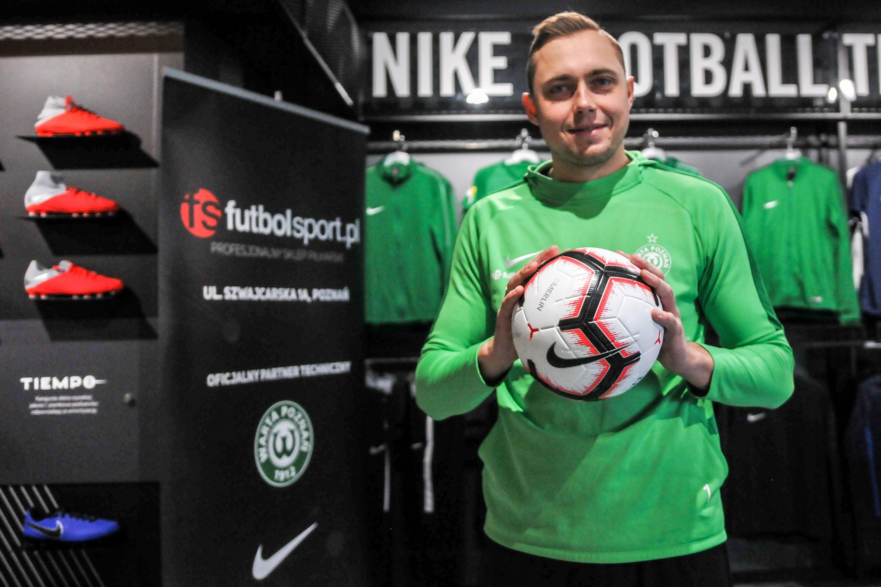 Michał Grobelny (Warta Poznań) w salonie futbolsport.pl
