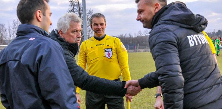 Bytovia Bytów - Warta Poznań 0:0. Trenerzy Petr Nemec i Adrian Stawski