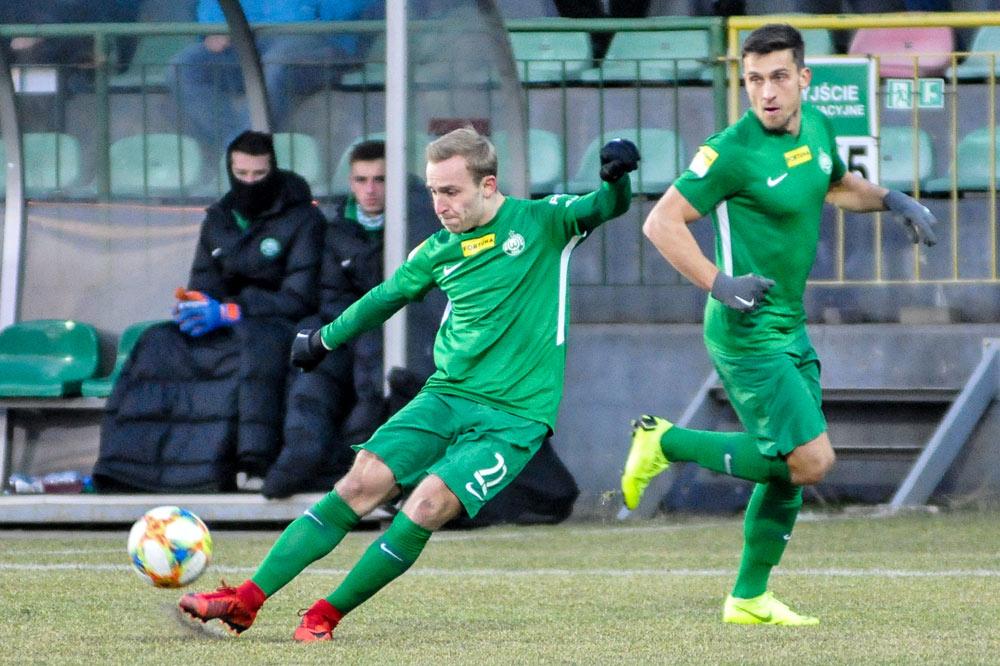 Bytovia Bytów - Warta Poznań 0:0. Robert Janicki i Jakub Kiełb