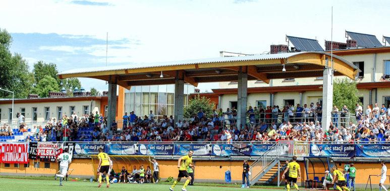 Warta Poznań na stadionie w Jarocinie