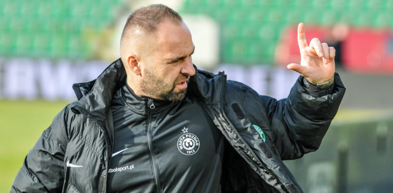 Warta Poznań - Stal Mielec 0:2. Trener Piotr Tworek
