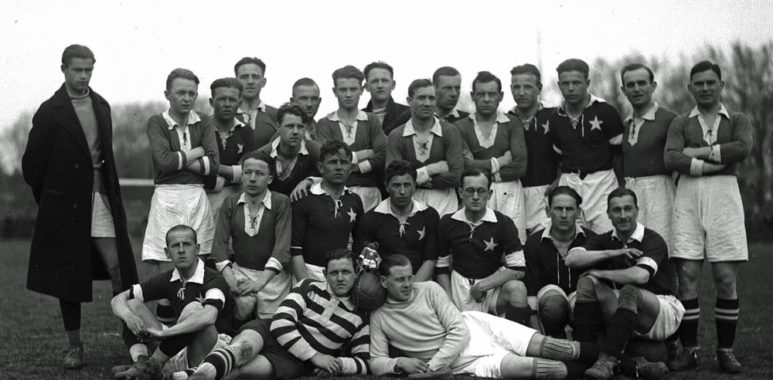 Warta Poznań i Wisła Kraków. Piłkarze po ostatnim meczu sezonu 1929