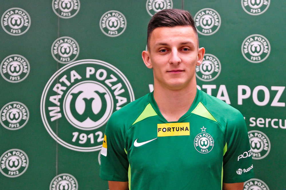 Jakub Apolinarski wypożyczony do Warty Poznań