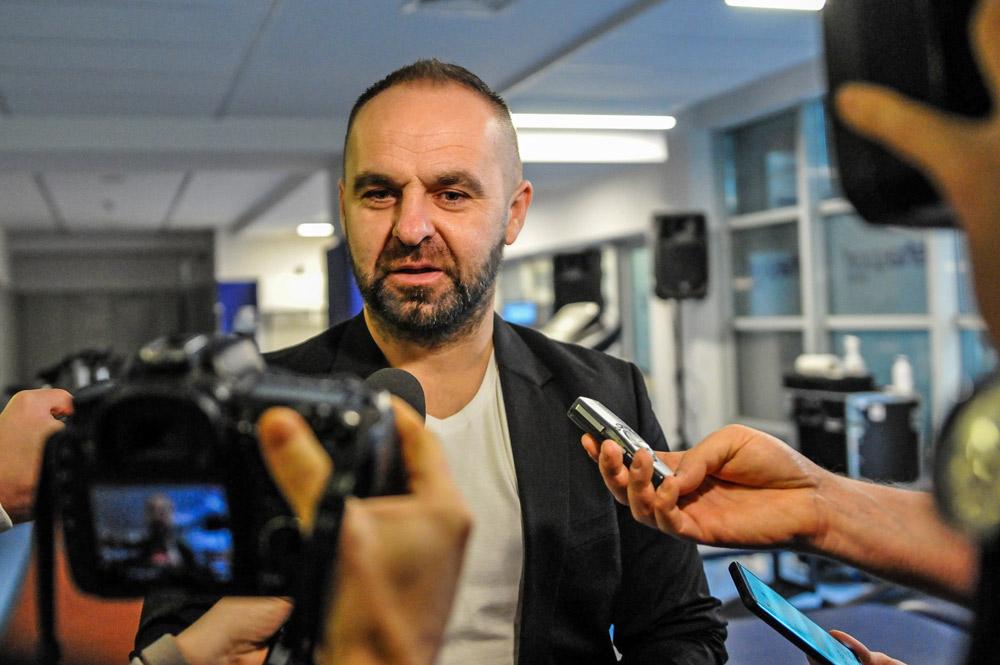 Testy piłkarzy Warty Poznań w Rehasport Clinic. Trener Piotr Tworek.