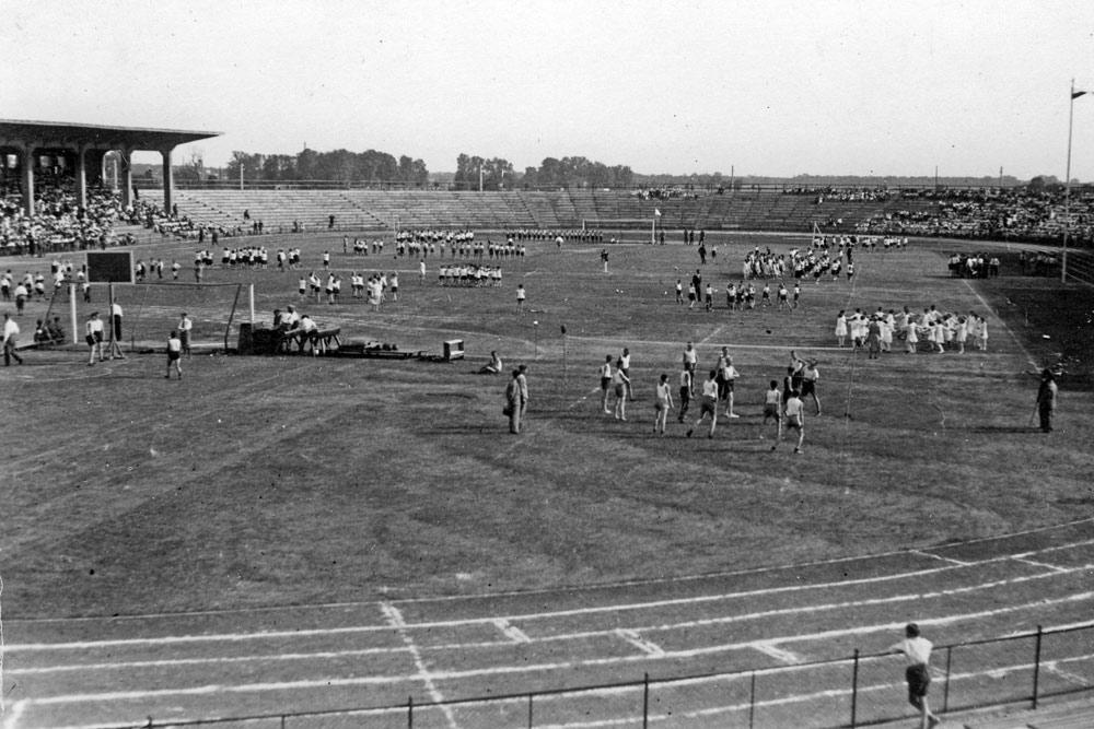 Stadion Miejski w Poznaniu w latach 30. XX wieku