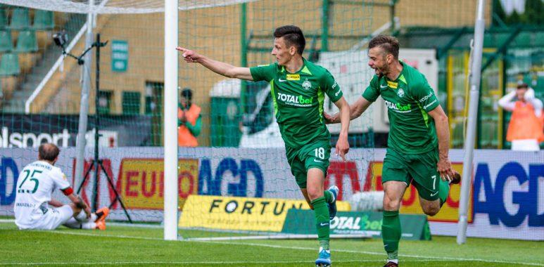 Warta Poznań - Olimpia Grudziądz 2:0. Jakub Apolinarski i Michał Grobelny