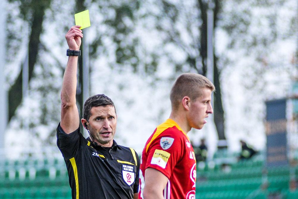 Sebastian Jarzębak sędzią meczu Warta Poznań - Bet Termalica Nieciecza.