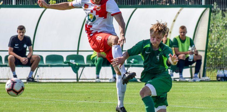Warta II Poznań - Olimpia Koło 0:5 w IV lidze.