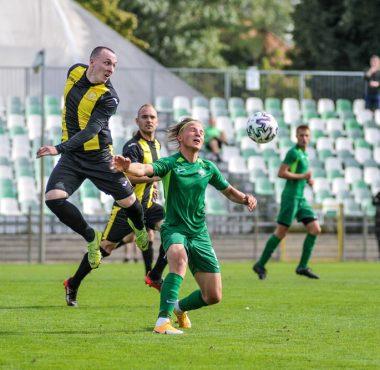 Warta II Poznań - LKS Gołuchów 2:1 w IV lidze. Kamil Ziętkowski