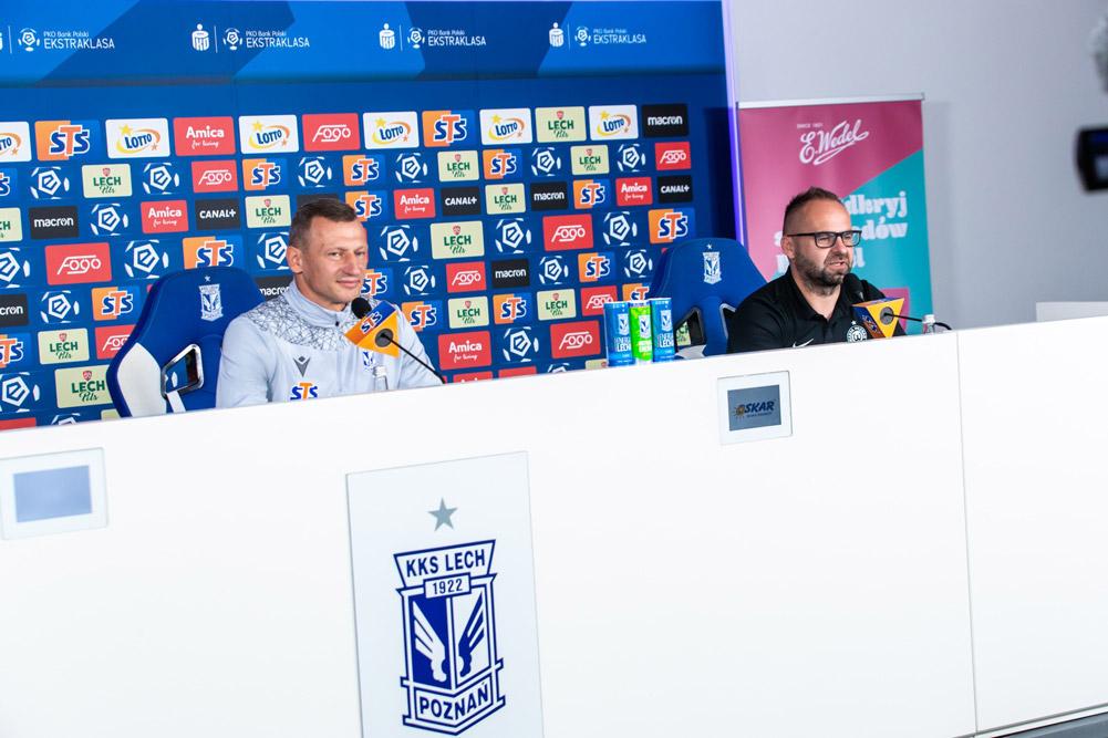 Trener Warty Poznań Piotr Tworek i Dariusz Żuraw, trener Lecha Poznań na konferencji prasowej przed derbami Poznania