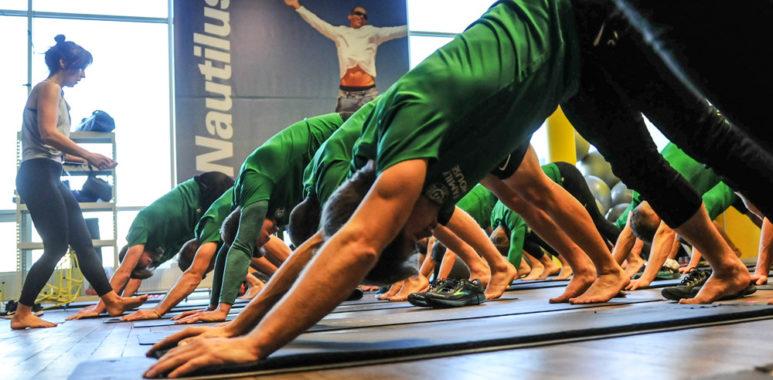 Ćwiczenia z jogi dla piłkarzy Warty Poznań