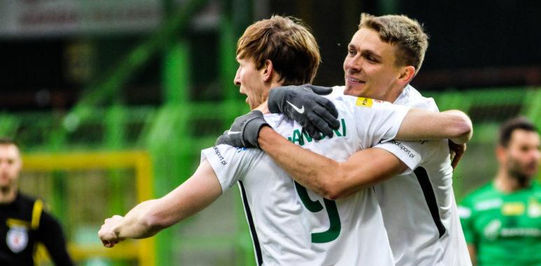 GKS Bełchatów - Warta Poznań 1:2. Łukasz Spławski i Adrian Laskowski