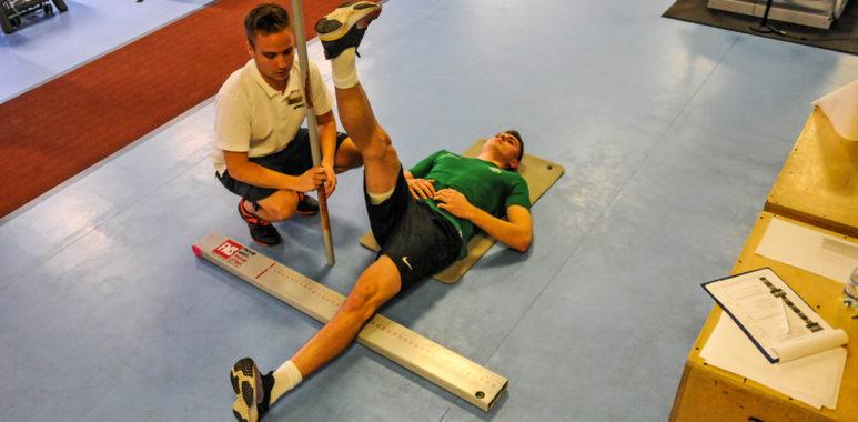 Testy piłkarzy Warty Poznań w Rehasport Clinic. Aleks Ławniczak