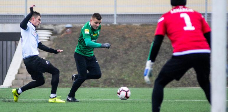 Warta Poznań - GKS Bełchatów 4:2 w sparingu. Michał Jakóbowski