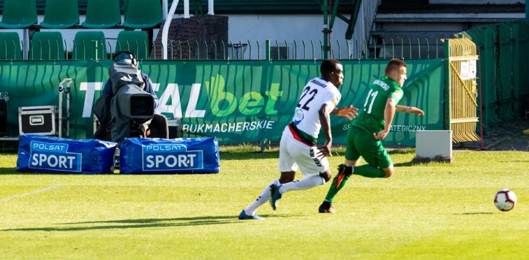 Warta Poznań - GKS Tychy w Grodzisku Wlkp. Kamera Polsat Sport, transmisja; fot. Adam Ciereszko