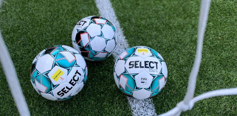 SELECT producentem oficjalnej piłki Fortuna 1 Ligi