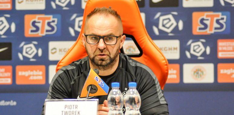 Zagłębie Lubin - Warta Poznań. Mateusz Kupczak i Michał Jakóbowski. Trener Piotr Tworek