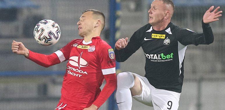 Sokół Ostróda - Warta Poznań 1:3 w Pucharze Polski. Mateusz Kuzimski