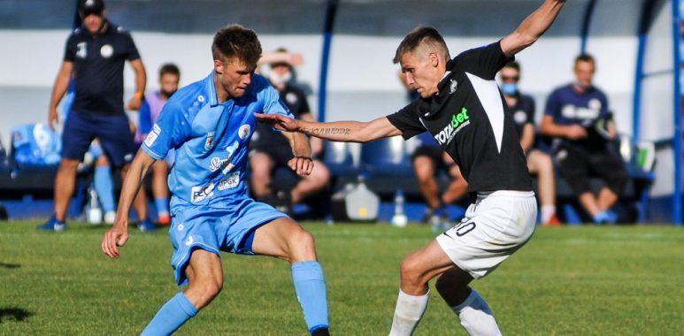 Adrian Laskowski (Warta Poznań) w meczu Pucharu Polski z Błękitnymi Stargard
