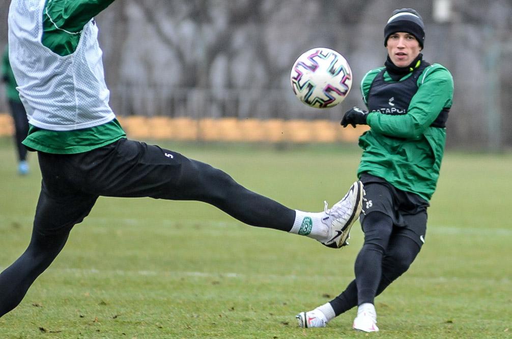 Gracjan Jaroch na treningu Warty Poznań