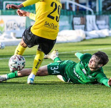 Maciej Żurawski (Warta Poznań) w sparingu z Widzewem Łódź (3:1)