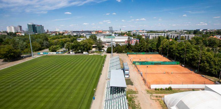 Stadion Warty Poznań przy Drodze Dębińskiej 12; fot. Adam Ciereszko